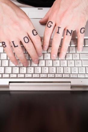 Blogging hands